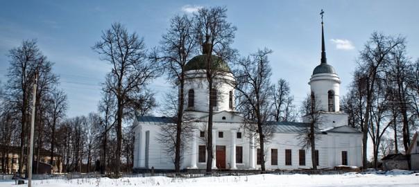 Бытошь. Церковь Покрова