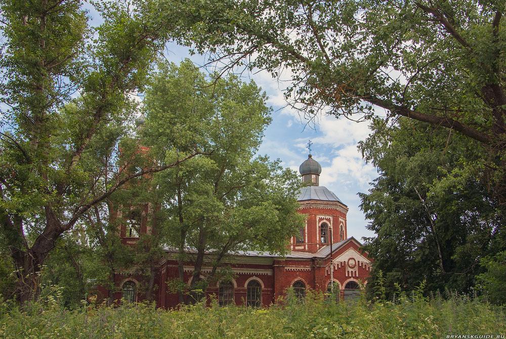 Церковь Петра и Павла (июнь 2009)