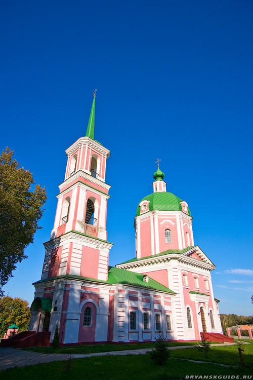 Овстуг. Церковь Успения Богородицы