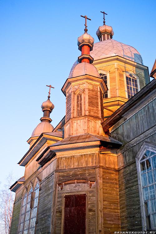Елионка, храм Георгия Победоносца