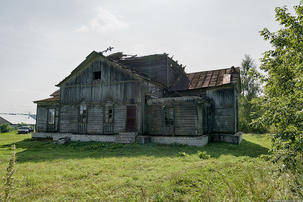 Первомайское. Церковь Воздвижения Креста Господня