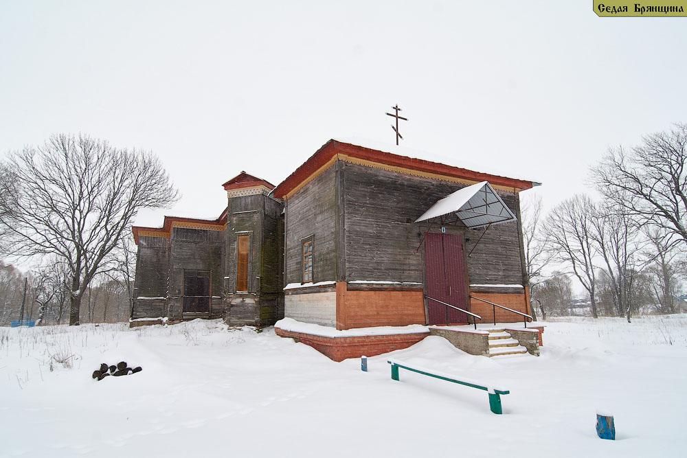 Страчово. Церковь Покрова Пресвятой Богородицы