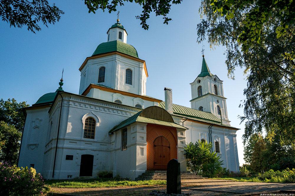 Трубчевск. Храм во Имя Святой Троицы