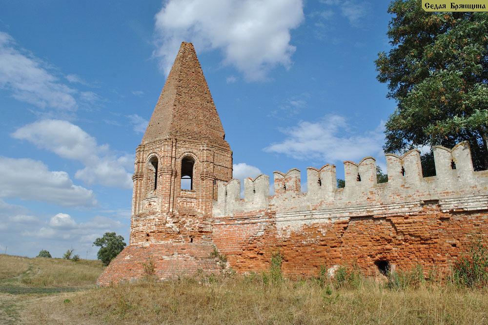 Севск. Монастырь Спасо-Преображенский