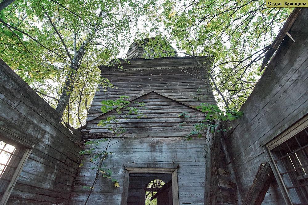 Высокое. Церковь Покрова Пресвятой Богородицы