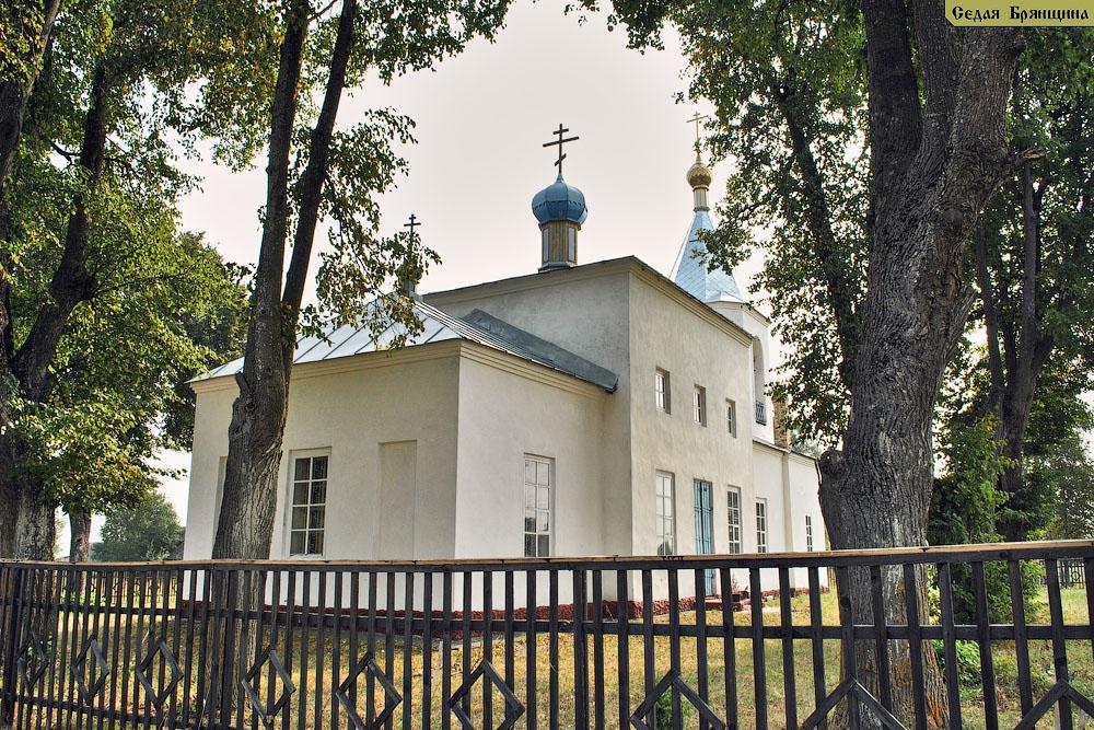 Любышь. Церковь Введения во храм Пресвятой Богородицы