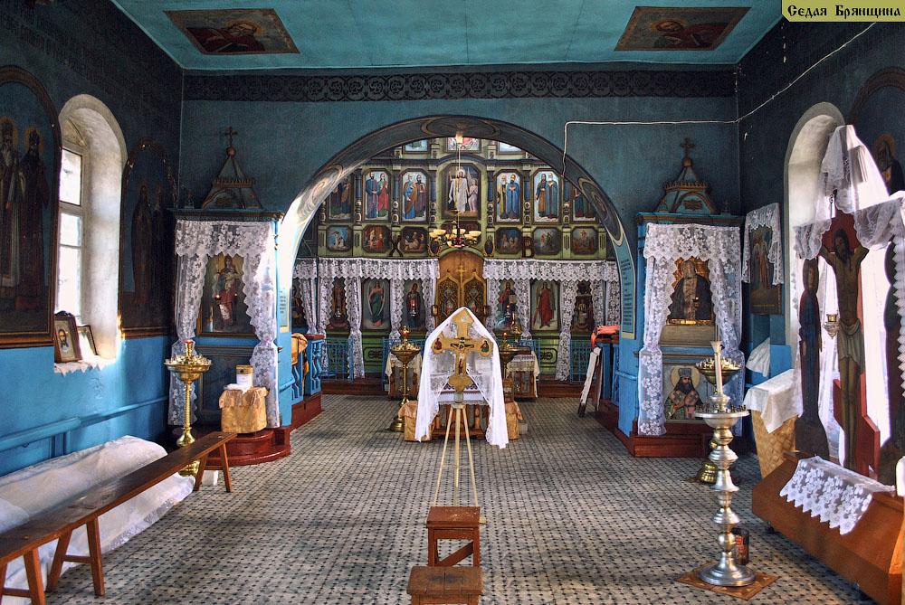 Красное. Церковь Покрова Пресвятой Богородицы